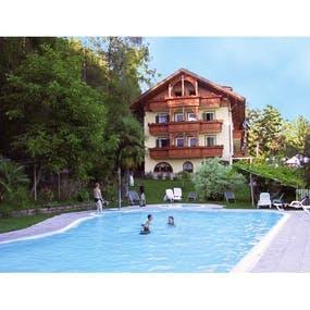 Hotel Tannhof Kaltern
