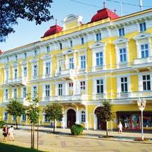 Kur Franzensbad Hotel Savoy Außenansicht, Copyright: Villa SAVOY Spa Park Hotel