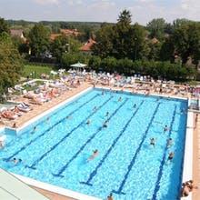 Pool Thermal Hotel Kur Ungarn, Copyright: Thermal Hotel Mosonmagyaróvár***