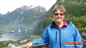Ausflug Geiranger - Hellesylt- Blick zum Fjord -Reisebegleiterin Annette