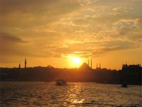traumhafter Sonnenuntergang in Istanbul