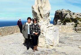 Auf der Halbinsel Formentor auf Mallorca mit oertlicher Reiseleiterin Magdalena